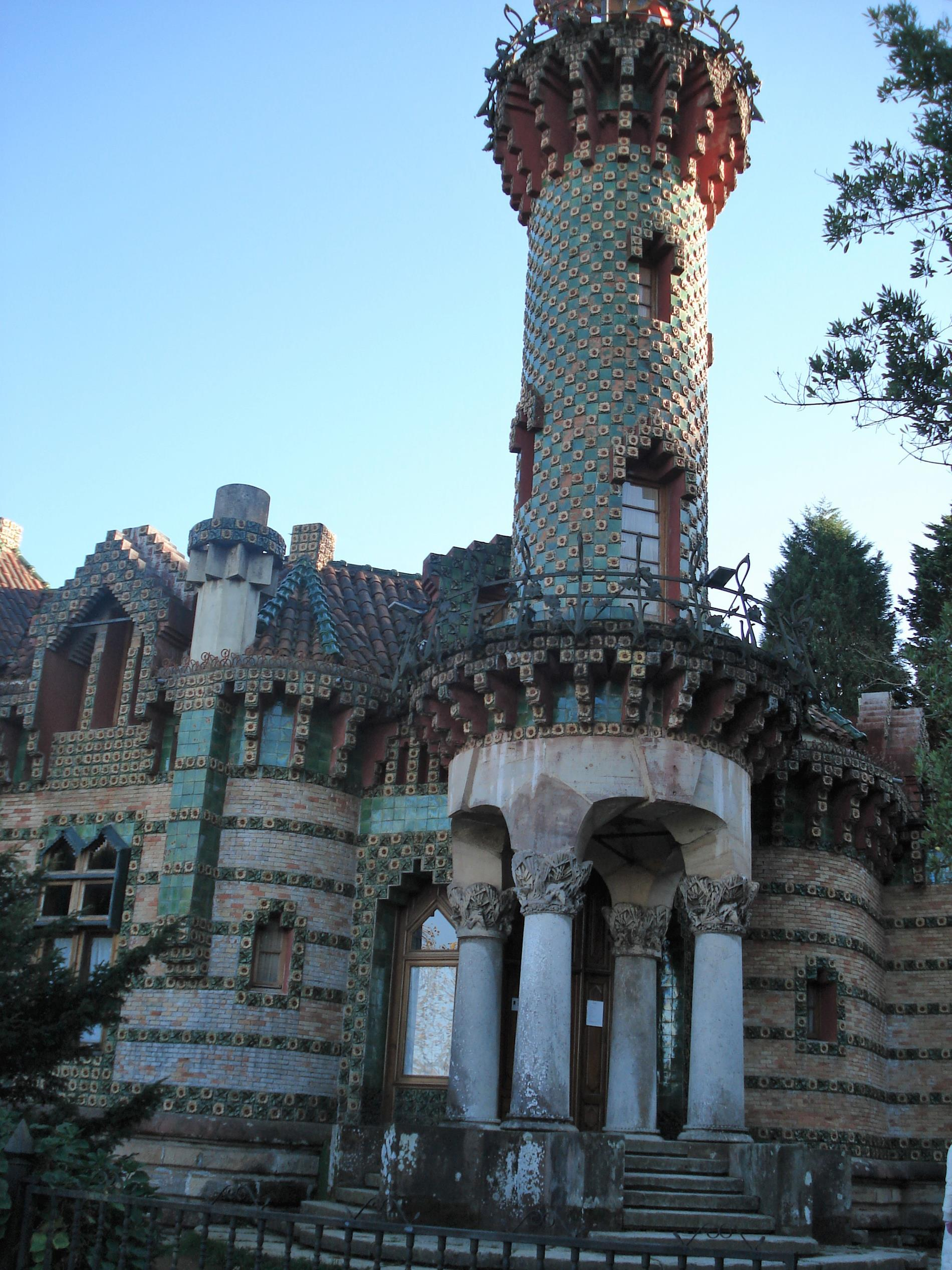 Gaudi villa