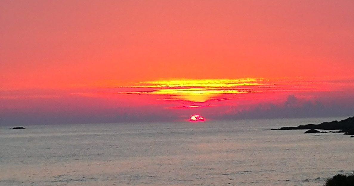 Solnedgång Sagone beach